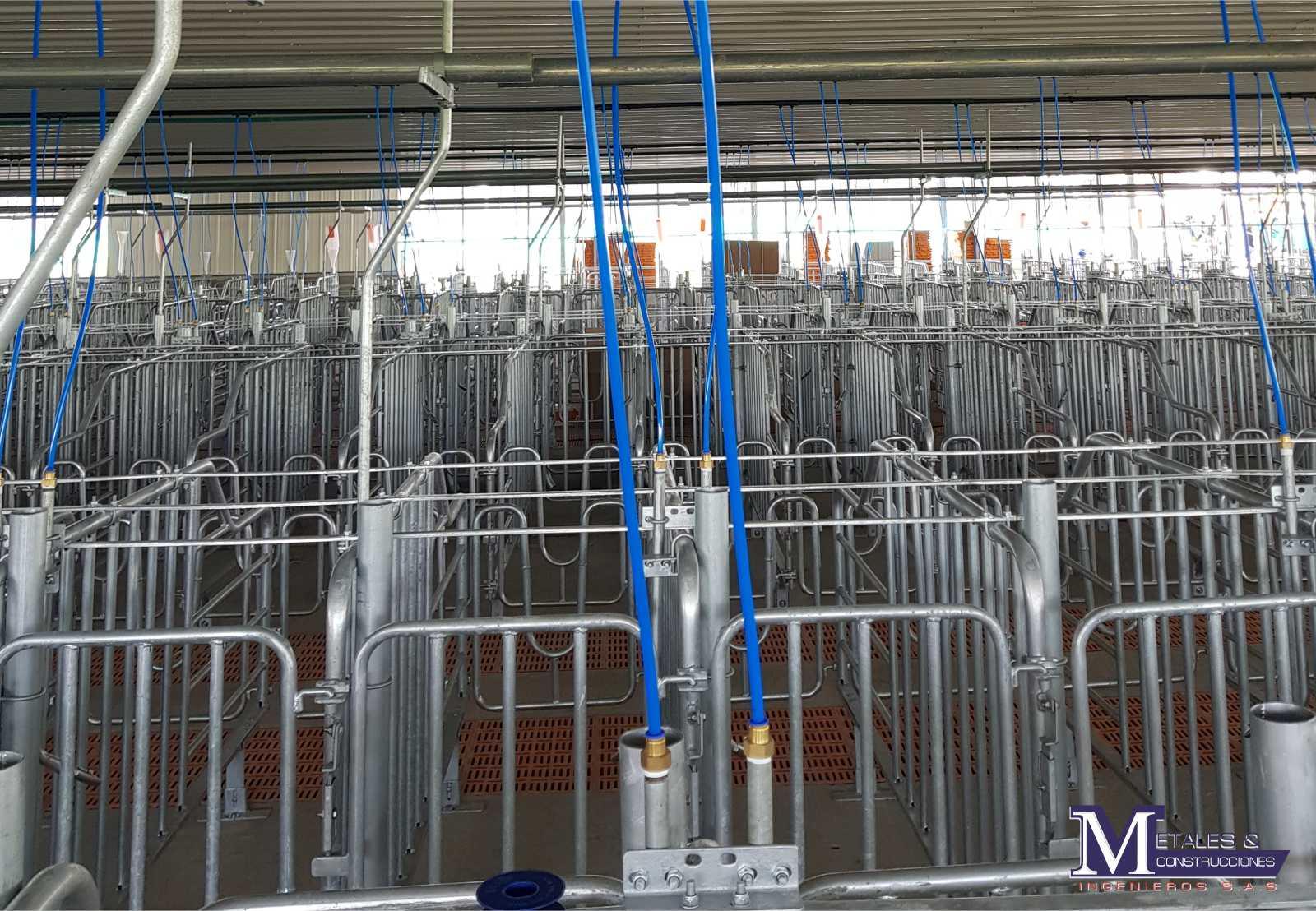 Porcicola Metales y construcciones 2002