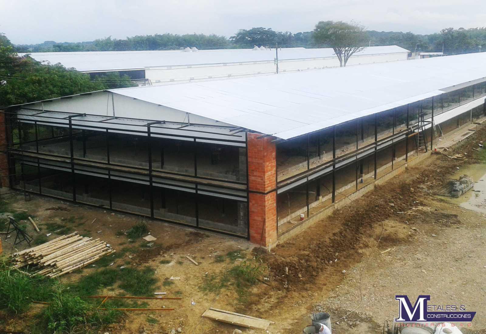 Avicola Metales y construcciones 2007